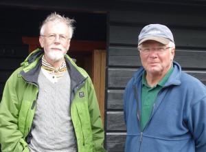 Medlemmen Rabbe von Weymarn och Sjöbjörnarnas ordförande Perttu Saarela.